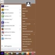 Windows 8.1 mit Startmenü und Desktop