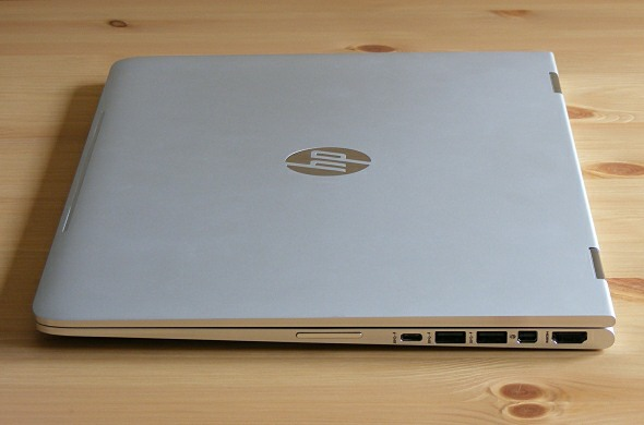 HP Spectre x360 - Anschlüsse rechte Seite
