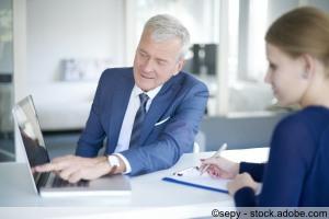 Finanzierungberatung mit dem Notebook